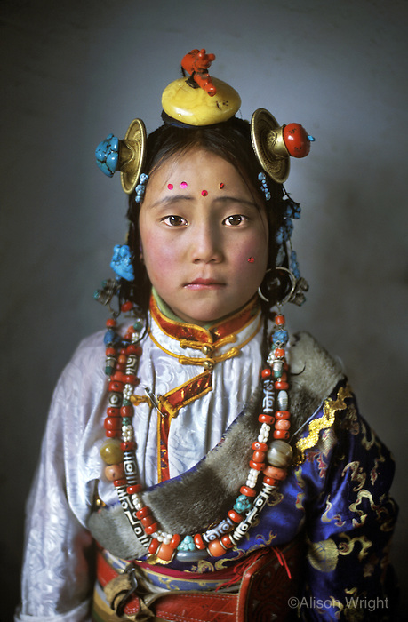 Tibet girl, Mainigango, Kham, Tibet 2005