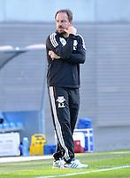 Fußball 3. Liga 2013/14 - Rasenballsport Leipzig (RB) gegen SSV Jahn Regensburg am 19.10.2013 in Leipzig (Sachsen). <br /> IM BILD: RB Trainer Alexander Zorniger <br /> Foto: Christian Nitsche / aif