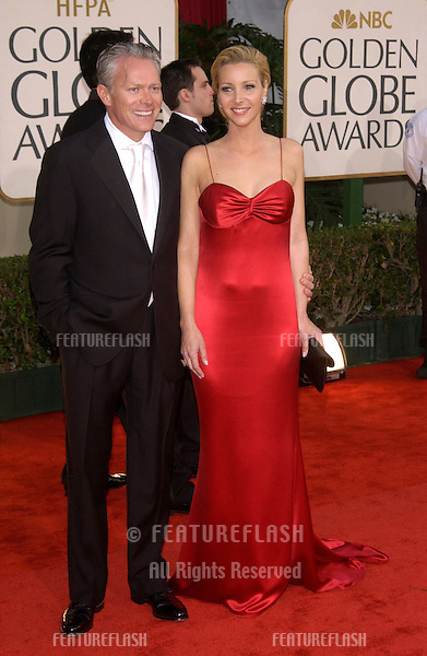 LISA KUDROW & husband at the Golden Globe Awards at the Beverly Hills Hilton Hotel..19JAN2003...© Paul Smith / Featureflash