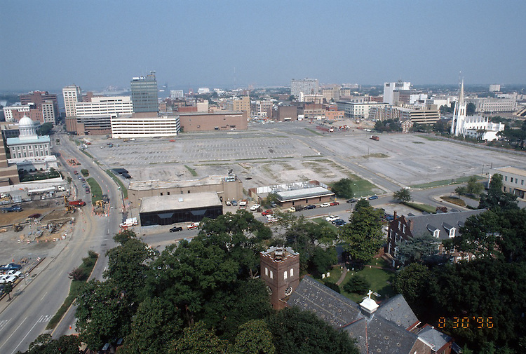 1996 August 30..Redevelopment..Macarthur Center.Downtown North (R-8)..PROGRESS.LOOKING WEST FROM SCHOOL ADMIN BUILDING...NEG#.NRHA#..