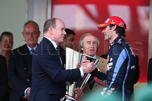 16 05 2010  Prince Albert of Monaco presents the winners trophy to  Winner Mark Webber Red Bull Racing.  Formula 1 GP Monaco 2010.