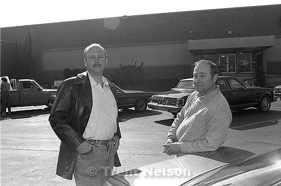 Dave Nelson and Steve Nelson in front of Deseret Industries.<br />