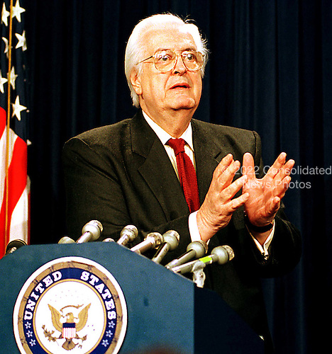 United States Representative Henry Hyde (Republican of Illinois) speaks to reporters in the U.S. Capitol in Washington, D.C. following the U.S. Senate Impeachment Trial session on January 21, 1999..Credit: Ron Sachs / CNP