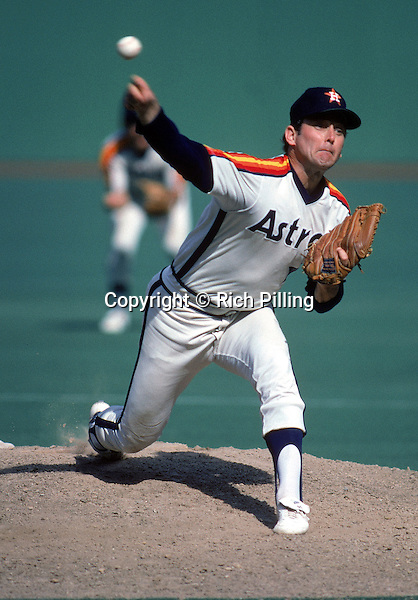 PITTSBURGH:  Pitcher Nolan Ryan #34 of the Houston Astros on the mound during a game circa 1980-88 against the Philadelphia Phillies in Veteran's Stadium, Philadelphia, PA. (Photo by Rich Pilling)