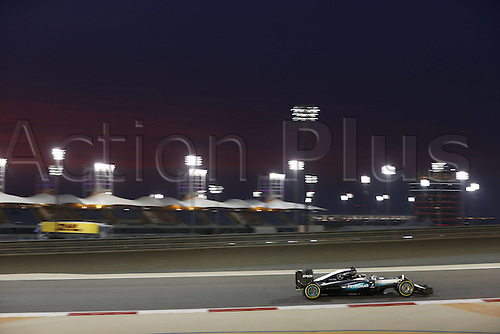 01.04.2016. Bahrain. FIA Formula One World Championship 2016, Grand Prix of Bahrain, Practise day.  44 Lewis Hamilton (GBR, Mercedes AMG Petronas Formula One Team) as the sun goes down over the circuit