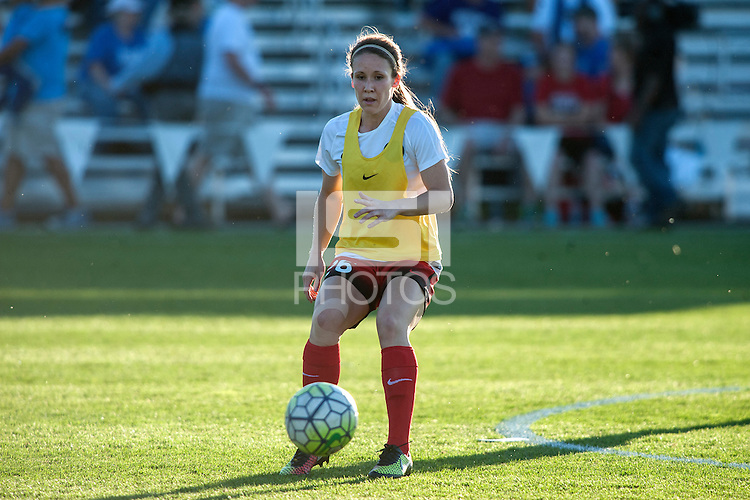 Kansas City, Mo. - Saturday April 23, 2016: Portland Thorns FC forward Mallory Weber (26) warms up before a match against FC Kansas City  at Swope Soccer Village. The match ended in a 1-1 draw.