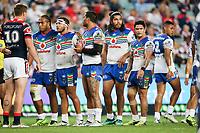 The Warriors prepare for a scrum. Sydney Roosters v Vodafone Warriors, NRL Rugby League. Allianz Stadium, Sydney, Australia. 31st March 2018. Copyright Photo: David Neilson / www.photosport.nz