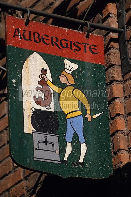 Europe/France/Midi-Pyrénées/81/Tarn/Albi: Enseigne d'un restaurant du vieil Albi