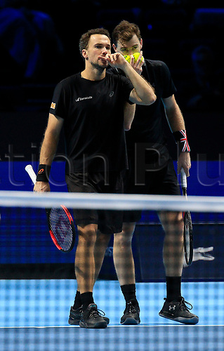 18th November 2017, O2 Arena, London, England; Nitto ATP Tennis Finals; Jamie Murray (GBR) discusses tactics with Bruno Soares (BRA)