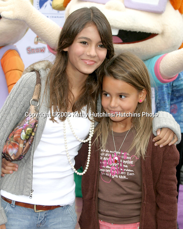 """Victoria Justice and sister Madison.Nickelodeon Presents""""  Fairypalooza.Premiere of """"Rugrats Tales From The Crib:  Snow White"""".Nickelodeon Animation Studios.Burbank, CA.September 24, 2005.©2005 Kathy Hutchins / Hutchins Photo"""