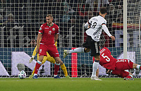 Leon Goretzka (Deutschland, Germany) erzielt das Tor zum 2:0 - 16.11.2019: Deutschland vs. Weißrussland, Borussia Park Mönchengladbach, EM-Qualifikation DISCLAIMER: DFB regulations prohibit any use of photographs as image sequences and/or quasi-video.