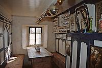 Europe/France/Bretagne/29/Finistère/Ile d'Ouessant/Ecomusée de Niou: La maison des techniques et traditions ouessantines - Détail intérieur