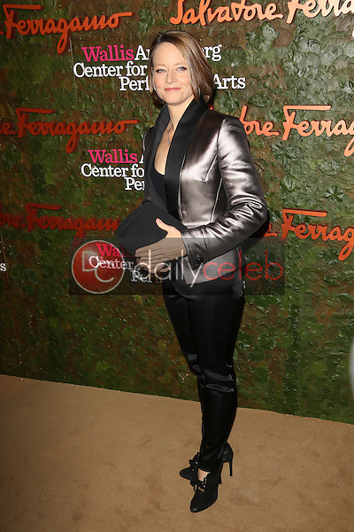 Jodie Foster<br /> at the Wallis Annenberg Center For The Performing Arts Inaugural Gala, Wallis Annenberg Center For The Performing Arts, Beverly Hills, CA 10-17-13<br /> David Edwards/DailyCeleb.Com 818-249-4998