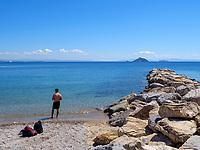 Strand und Leuchturm, Cavo, Elba, Region Toskana, Provinz Livorno, Italien, Europa<br /> beach and lighthouse, Cavo, Elba, Region Tuscany, Province Livorno, Italy, Europe