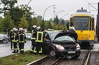 13-09-09 VU PKW Tram Rhinstraße