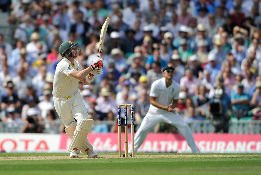 Australia's Steven Smith in action today <br /> <br /> Photographer Ashley Western/CameraSport<br /> <br /> International Cricket - Investec Ashes Test Series 2015 - Fifth Test - England v Australia - Day 2 - Friday 21st August 2015 - Kennington Oval - London<br /> <br /> &copy; CameraSport - 43 Linden Ave. Countesthorpe. Leicester. England. LE8 5PG - Tel: +44 (0) 116 277 4147 - admin@camerasport.com - www.camerasport.com