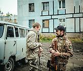 Maksim und Sascha, 22 jährige ukrainische Soldaten./ Maksim and Sascha, 22 year old ukrainian soldiers.