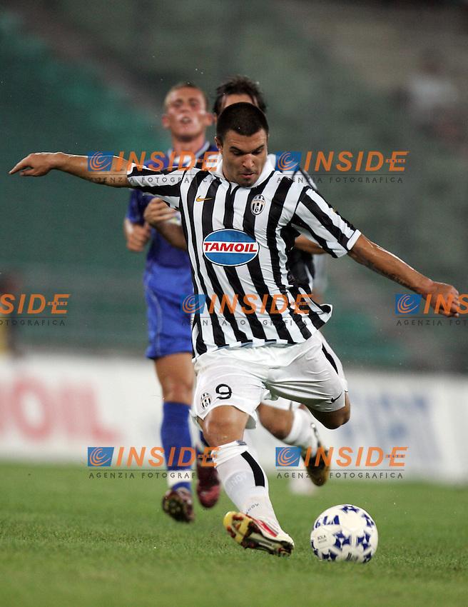 Coppa Italia 2006-2007<br /> <br /> Martina Franca-Juventus<br /> <br /> Stadio San Nicola (Bari)<br /> <br /> Bojinov goal<br /> <br /> Foto Inside