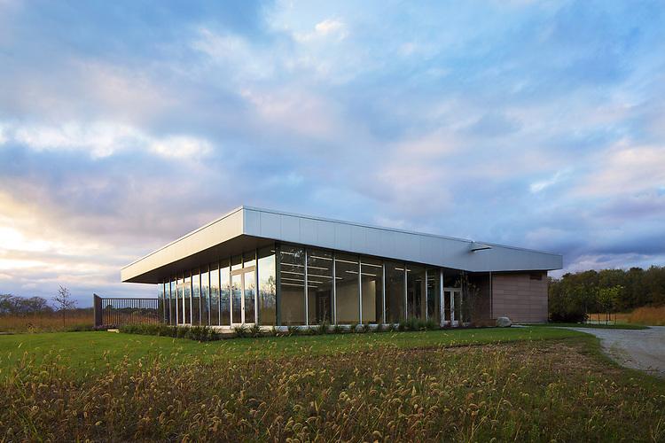 The Grove Lodge at Scioto Grove Metro Park | Paros Architecture + Design