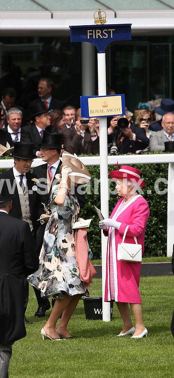 **ALL ROUND PICTURES FROM SOLARPIX.COM**.**NO UK NEWSPAPER PUBLICATION**.**UK MAGAZINE & SUPPLEMENT PUBLICATION ONLY** AND NO PUBLICATION IN AUSTRALIA, FRANCE, GERMANY, ITALY AND SCANDINAVIA** .The second day of Royal Ascot, Ascot racecourse, UK. 17 June 2009 ..This pic: Lady Helen Windsor and Queen Elizabeth II..JOB REF: 9275 SFE DATE: 17_06_2009.**MUST CREDIT SOLARPIX.COM OR DOUBLE FEE WILL BE CHARGED**.**ONLINE USAGE FEE GBP 50.00 PER PICTURE - NOTIFICATION OF USAGE TO PHOTO @ SOLARPIX.COM**.**CALL SOLARPIX : +34 952 811 768 or LOW RATE FROM UK 0844 617 7637**