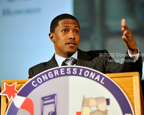 Washington, DC - June 25, 2009 -- Actor Nick Cannon accepts the Horizon Award for his work in expanding youth opportunities at the 2009 Congressional Award Gold Medal Gala in Washington, D.C. on Thursday, June 25, 2009..Credit: Ron Sachs / CNP