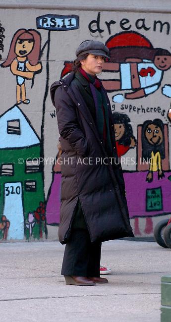 WWW.ACEPIXS.COM . . . . . ....NEW YORK, MARCH 1, 2006....Catherine Zeta Jones on location filming  in New York City.....Please byline: AJ Sokalner - ACEPIXS.COM.... *** ***..Ace Pictures, Inc:  ..Philip Vaughan (212) 243-8787 or (646) 769 0430..e-mail: info@acepixs.com..web: http://www.acepixs.com