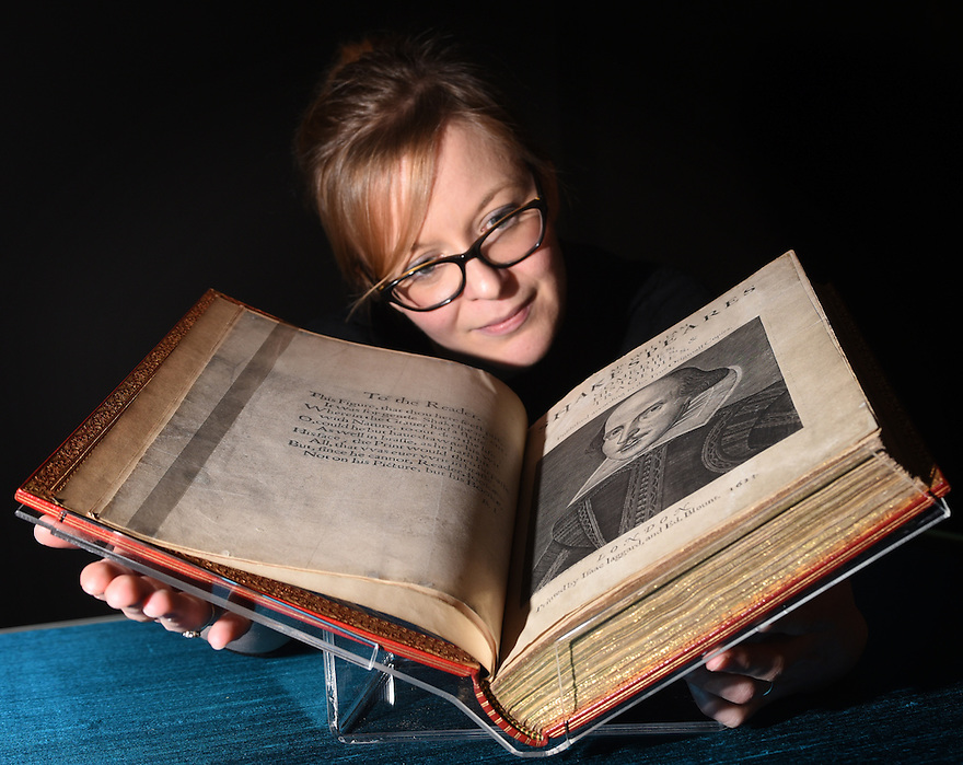 ZOE WILCOX, LEAD CURATER OF THE BRITISH LIBRARY'S UPCOMING EXHIBITION SHAKESPEARE IN TEN ACTS WITH A COPY OF SHAKESPEARE'S FIRST FOLIO. PHOTO BY CLARE KENDALL. 21/03/2016.