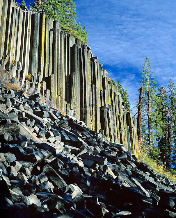 Devils Postpile National Monument, Est. 1911, 798 acres (3.23 km2). Devils Postpile, a cliff of long, symmetric columnar basalt created by a lava flow sometime between less than 100,000 to 700,000 years ago (depending on dating method) and exposed through glacier movement. Columns average 2 feet (0.61 m) in diameter, largest being 3.5 feet (1.1 m), many are up to 60 feet (18 m) long. A survey of 400 columns found 44.5% were 6-sided, 37.5% 5-sided, 9.5% 4-sided, 8.0% 7-sided, and 0.5% 3-sided. Inyo County, CA.