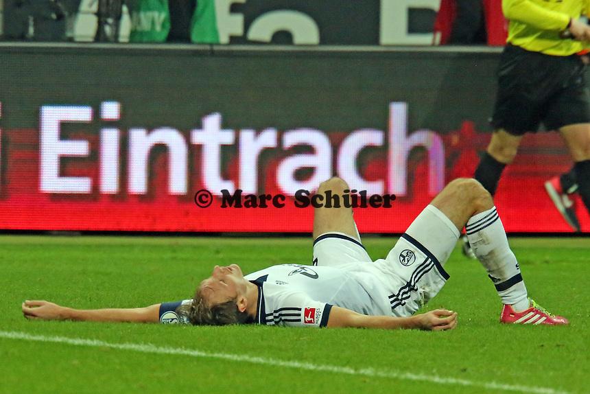 Benedikt Höwedes (Schalke) enttäuscht - Eintracht Frankfurt vs. FC Schalke 04, Commerzbank Arena