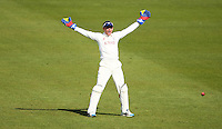 PICTURE BY VAUGHN RIDLEY/SWPIX.COM - Cricket - County Championship Div 2 - Yorkshire v Kent, Day 1 - Headingley, Leeds, England - 05/04/12 - Yorkshire's Jonny Bairstow appeals.