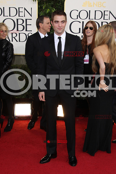 BEVERLY HILLS, CA - JANUARY 13: Robert Pattinson at the 70th Annual Golden Globe Awards at the Beverly Hills Hilton Hotel in Beverly Hills, California. January 13, 2013. Credit: mpi29/MediaPunch Inc. /NortePhoto