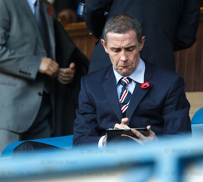 David Weir checking stuff on his iPad