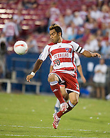 FC Dallas forward Carlos Ruiz (20) juggles the ball.  New England Revolution defeated FC Dallas 3-2 to capture the 2007 Lamar Hunt U.S. Open Cup at Pizza Hut Park in Frisco, TX on October 3, 2007.