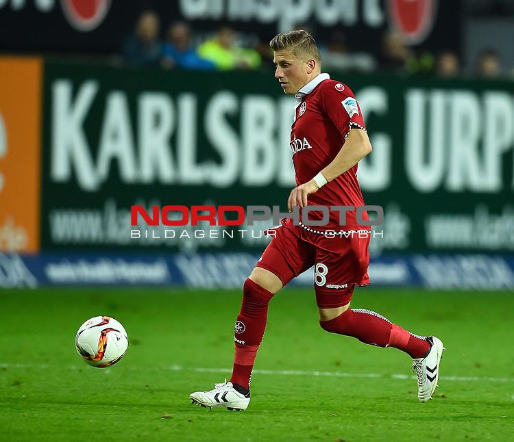 2. Liga  2015/2016, 10. Spieltag Hinrunde, 1. FC Kaiserslautern vs. Fortuna D&uuml;sseldorf<br /> Marcus Piossek (Kaiserslautern)<br /> <br /> <br /> Foto &copy; nordphoto /  Bratic