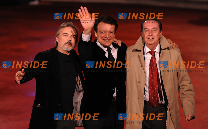 Mauro Pagani, Massimo Ranieri, Maurizio Scaparro<br /> Third edition of the Rome International film festival<br /> Roma 31/10/2008 <br /> Red Carpet Awards - Premiazione<br /> Photo Andrea Staccioli Insidefoto