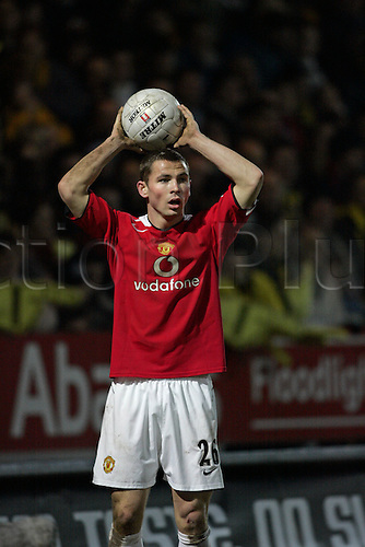 8 January 2006: Manchester United defender Phil Bardsley taking a throw in during the FA Cup 3rd round match between Burton Albion and Manchester United at the Pirelli Stadium, Burton on Trent. The match ended 0-0. Photo: Neil Tingle/actionplus..060108 man men football soccer footballer player throwing throw-in