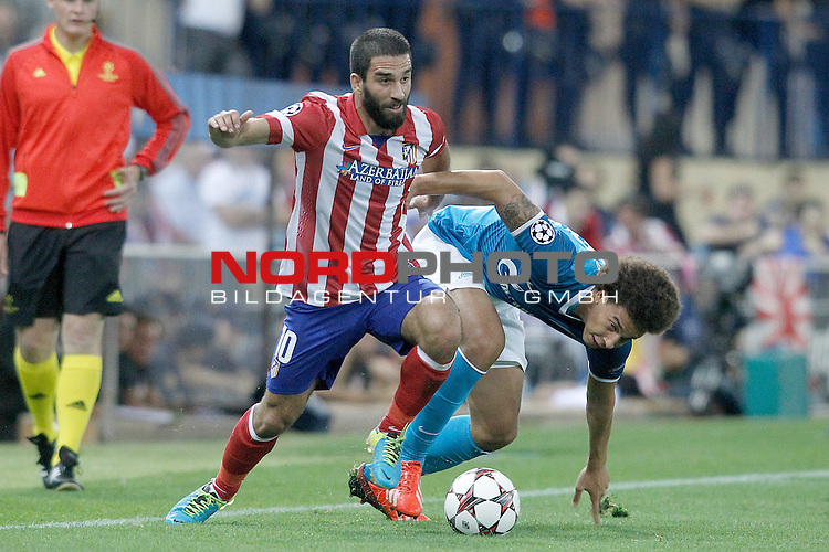Atletico de Madrid's Arda Turan (l) and Football Club Zenit's Axel Witsel during Champions League 2013/2014 match.September 18,2013. Foto © nph / Acero)