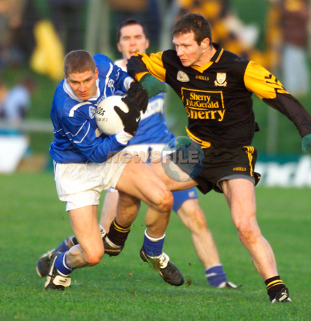 Dunshaughlin's Martin Reilly and Skryne's David Donnelly in action in the Meath Senior Football Championship Final at Pairc Tailteann in Navan..Picture: Paul Mohan/Newsfile