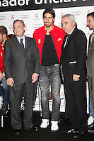 Real Madrid player Sami Khedira (c) and the President Florentino Perez participate and receive new Audi during the presentation of Real Madrid's new cars made by Audi at the Jarama racetrack on November 8, 2012 in Madrid, Spain.(ALTERPHOTOS/Harry S. Stamper) .<br />