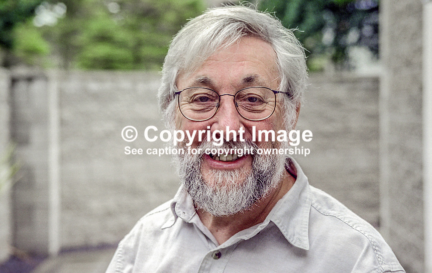 Sam McCready, N Ireland born actor &amp; director, photographed during Yeats Summer School in Sligo, Rep of Ireland. Ref: 199908042.<br /> <br /> Copyright Image from Victor Patterson,<br /> 54 Dorchester Park, <br /> Belfast, UK, BT9 <br /> <br /> t1: +44 28 9066 1296 (from Rep of Ireland 048 90661296)<br /> t2: +44 28 9002 2446 (from Rep of Ireland 048 9002 2446)<br /> <br /> m: +44 7802 353836<br /> <br /> e: victorpatterson@me.com<br /> www.victorpatterson.com<br /> <br /> Please see my Terms and Conditions of Use at www.victorpatterson.com. It is IMPORTANT that you familiarise yourself with them.<br /> <br /> Images used on the Internet must be visibly watermarked i.e. &copy; Victor Patterson<br /> within the body of the image and copyright metadata must not be deleted. Images <br /> used on the Internet have a size restriction of 4kbs and will be chargeable at current<br />  NUJ rates unless agreed otherwise.<br /> <br /> This image is only available for the use of the download recipient i.e. television station, newspaper, magazine, book publisher, etc, and must not be passed on to any third <br /> party. It is also downloaded on condition that each and every usage is notified within 7 days to victorpatterson@me.com<br /> <br /> The right of Victor Patterson to be identified as the author is asserted in accordance with The Copyright Designs And Patents Act (1988). All moral rights are asserted.