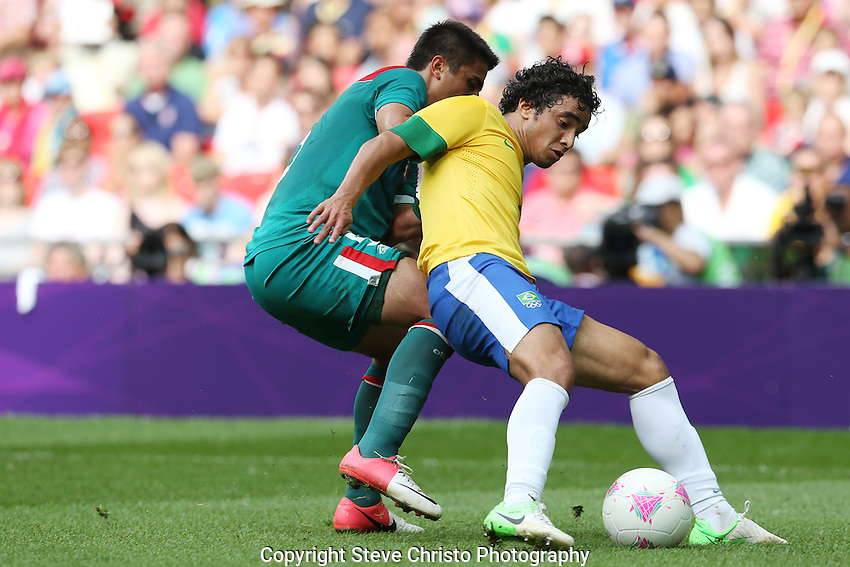 Brazil's Rafael da Silva in action against Mexico during the gold medal match at Wembley Stadium, London, UK. Saturday 11th August 2012. (Photo: Steve Christo)
