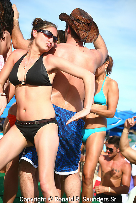 PARTY TIME ON BEACH IN CABO SAN LUCAS