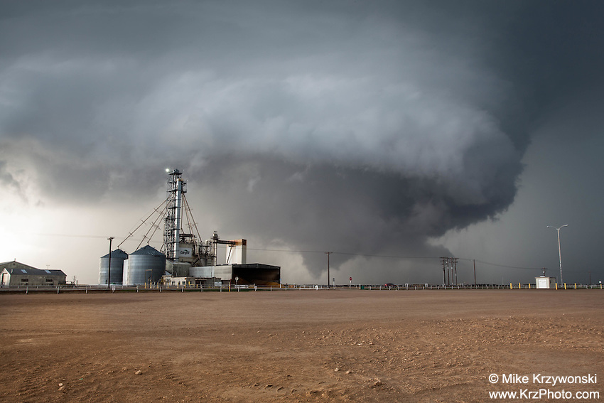 Tornado Near a Grain Factory in Leoti, KS