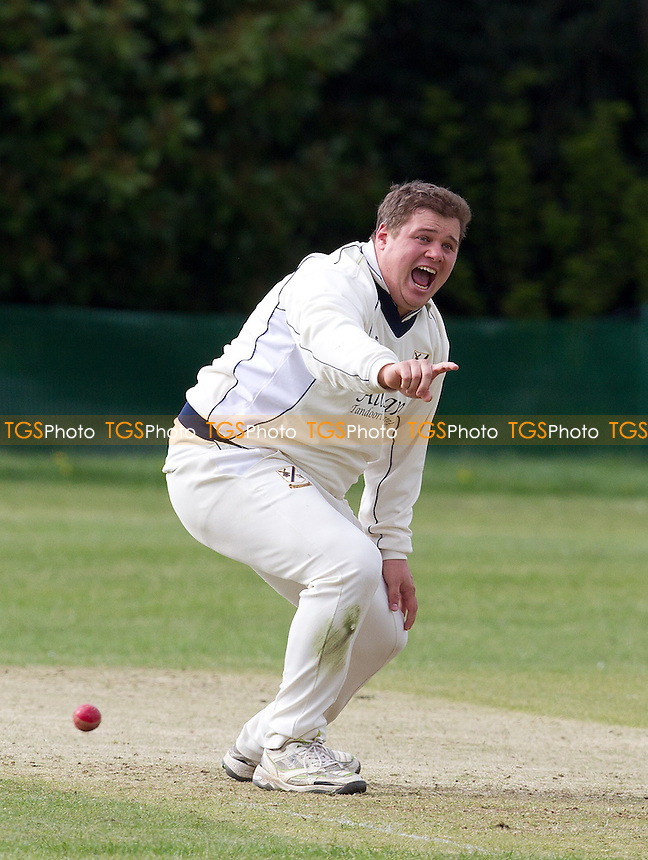 Ollie Peck of Upminster appeals for a wicket - Ilford CC vs Upminster CC - Essex Cricket League at Valentines Park, Ilford, Essex  - 18/05/13 - MANDATORY CREDIT: Ray Lawrence/TGSPHOTO - Self billing applies where appropriate - 0845 094 6026 - contact@tgsphoto.co.uk - NO UNPAID USE.