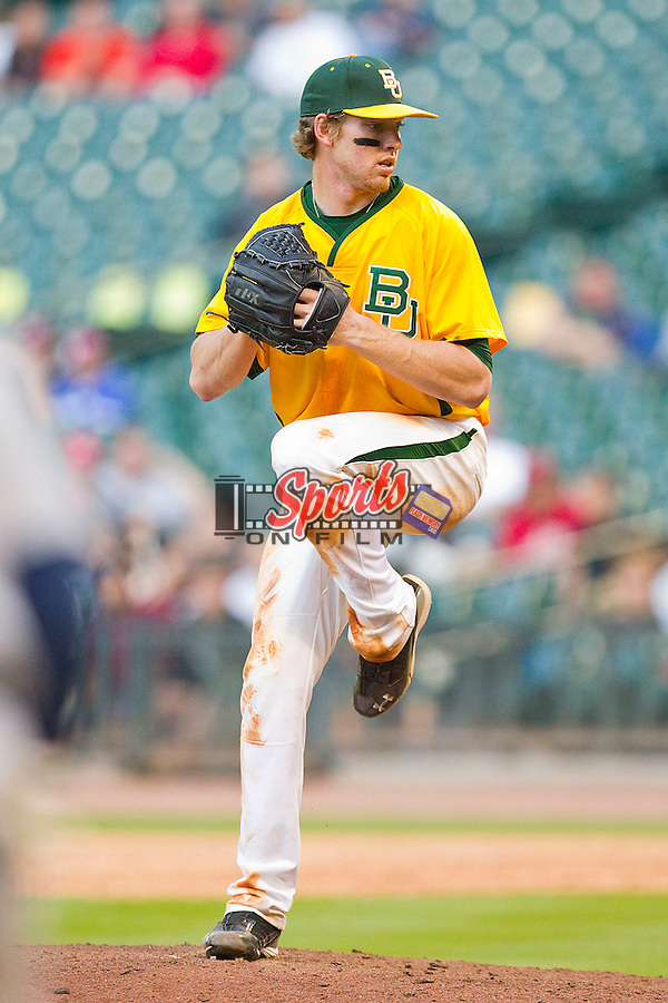 Relief pitcher Brooks Pinckard #16 of the Baylor Bears in action against the Rice Owls at Minute Maid Park on March 6, 2011 in Houston, Texas.  Photo by Brian Westerholt / Four Seam Images