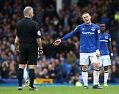 1st October 2017, Goodison Park, Liverpool, England; EPL Premier League Football, Everton versus Burnley; Wayne Rooney of Everton protests to the referee Jonathan Moss after Everton are denied a free kick