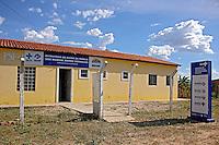 Posto de Saude no Quilombo Mangal e Barro Vermelho, municipio Sitio do Mato. Bahia. 2015. Foto de Lineu Kohatsu.