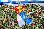 Stockholm 2014-04-06 Fotboll Allsvenskan Djurg&aring;rdens IF - Halmstads BK :  <br /> Rosor lagda nedanf&ouml;r Sofial&auml;ktaren som en hyllning till den Djurg&aring;rdssupporter som avled i samband med allsvenska premi&auml;ren i Helsingborg<br /> (Foto: Kenta J&ouml;nsson) Nyckelord:  Djurg&aring;rden DIF Tele2 Arena Halmstad HBK rosor ros hyllning Stefan Isaksson hyllning blommor supporter fans publik supporters
