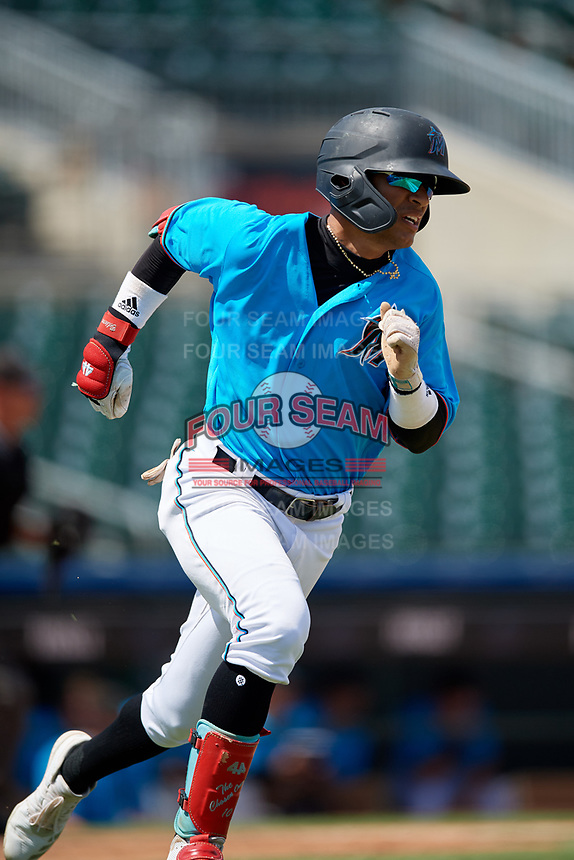 Miami Marlins Victor Mesa Jr. (10) runs to first base during an Instructional League game against the Washington Nationals on September 25, 2019 at Roger Dean Chevrolet Stadium in Jupiter, Florida.  (Mike Janes/Four Seam Images)