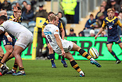 10th September 2017, Sixways Stadium, Worcester, England; Aviva Premiership Rugby, Worcester Warriors versus Wasps; Dan Robson of Wasps clears the ball with a box kick